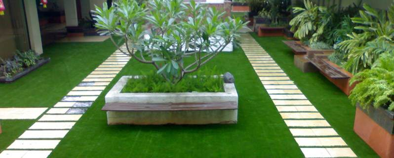 Maintaining the Great Look of your Artificial Turf